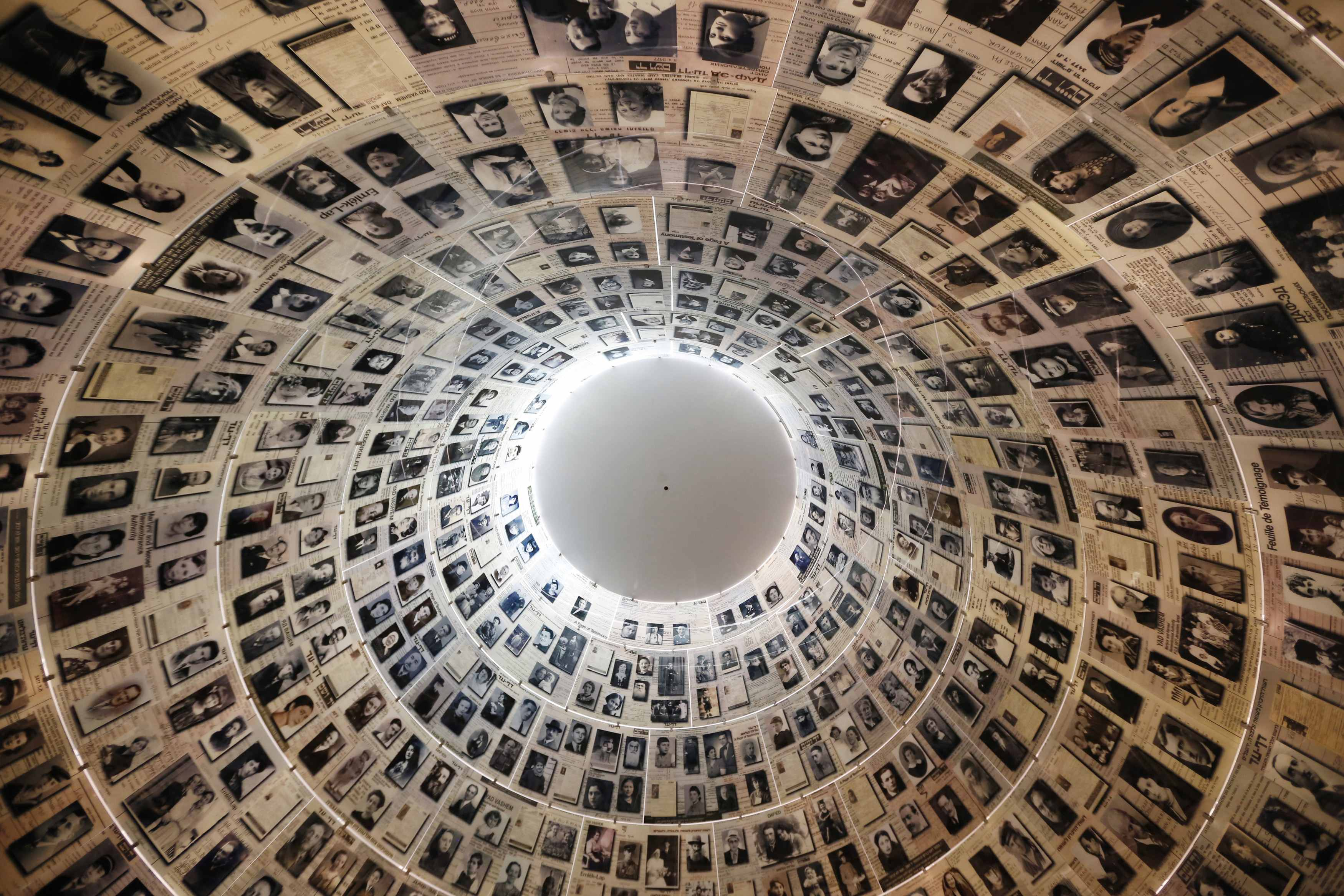 Yad Vashem Holocaust Memorial in Jerusalem, March 22, 2013. REUTERS/Jason Reed