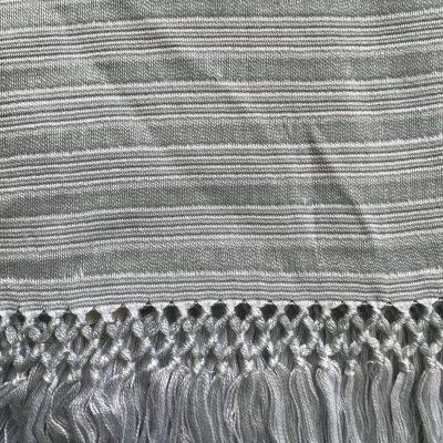 Yabal scarf white-grey